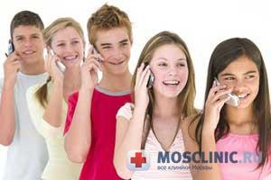 Мобильные телефоны могут провоцировать болезни рук