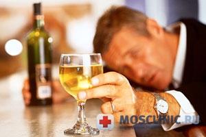 В России каждый 5 умирает от алкоголизма